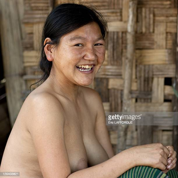 naked tribes women pics